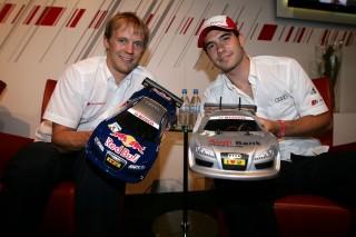 Mattias Ekström y Miguel Molina con sus Audi radiocontrol
