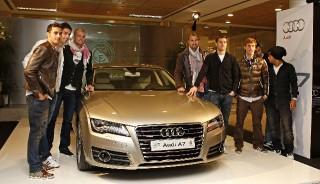 Los vehículos Audi y la primera plantilla del Real Madrid, protagonistas en el Santiago Bernabeu