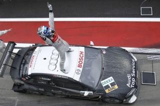 Timo Scheider, ganador con el A4 DTM