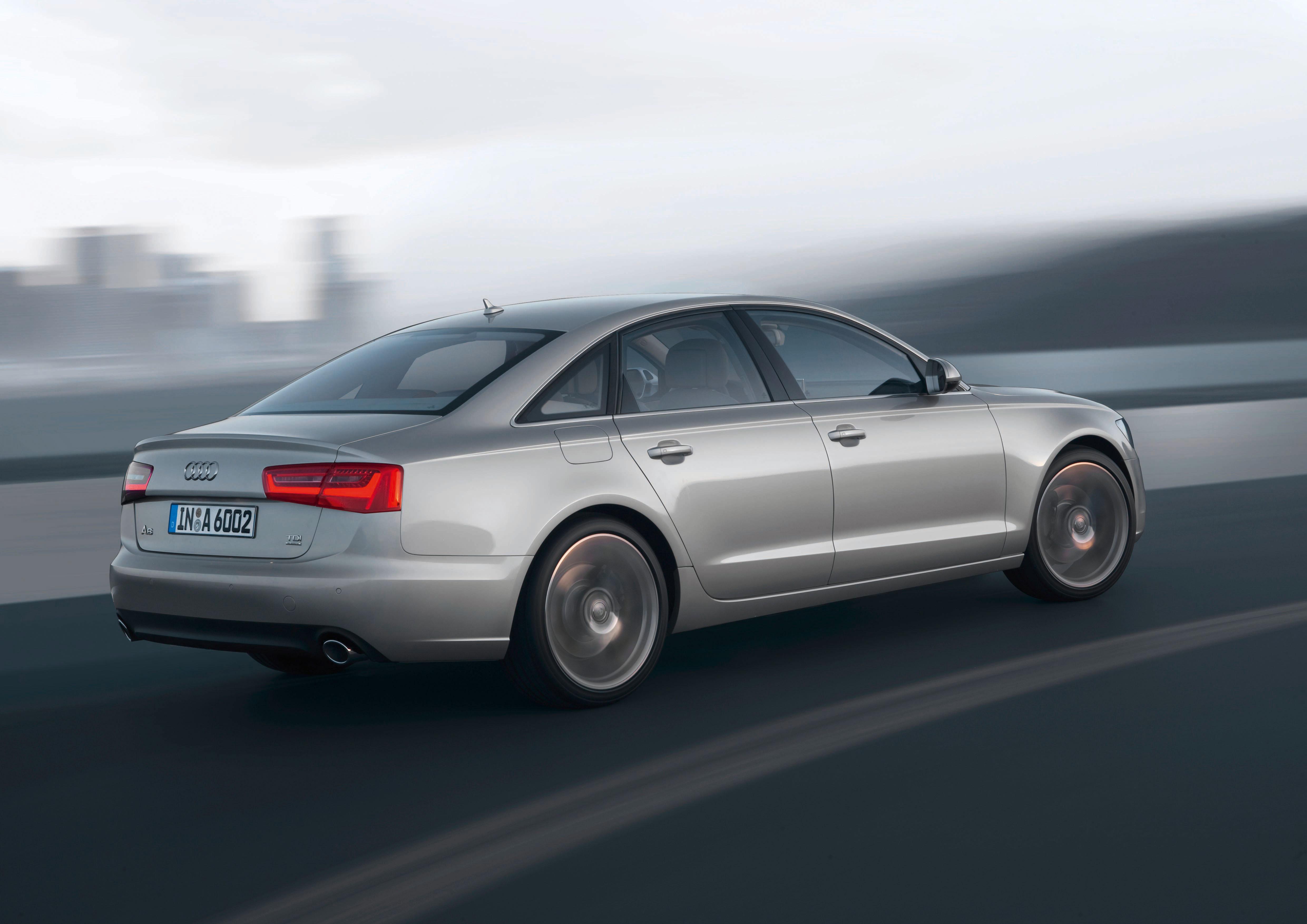 Audi A6 /Fahraufnahme