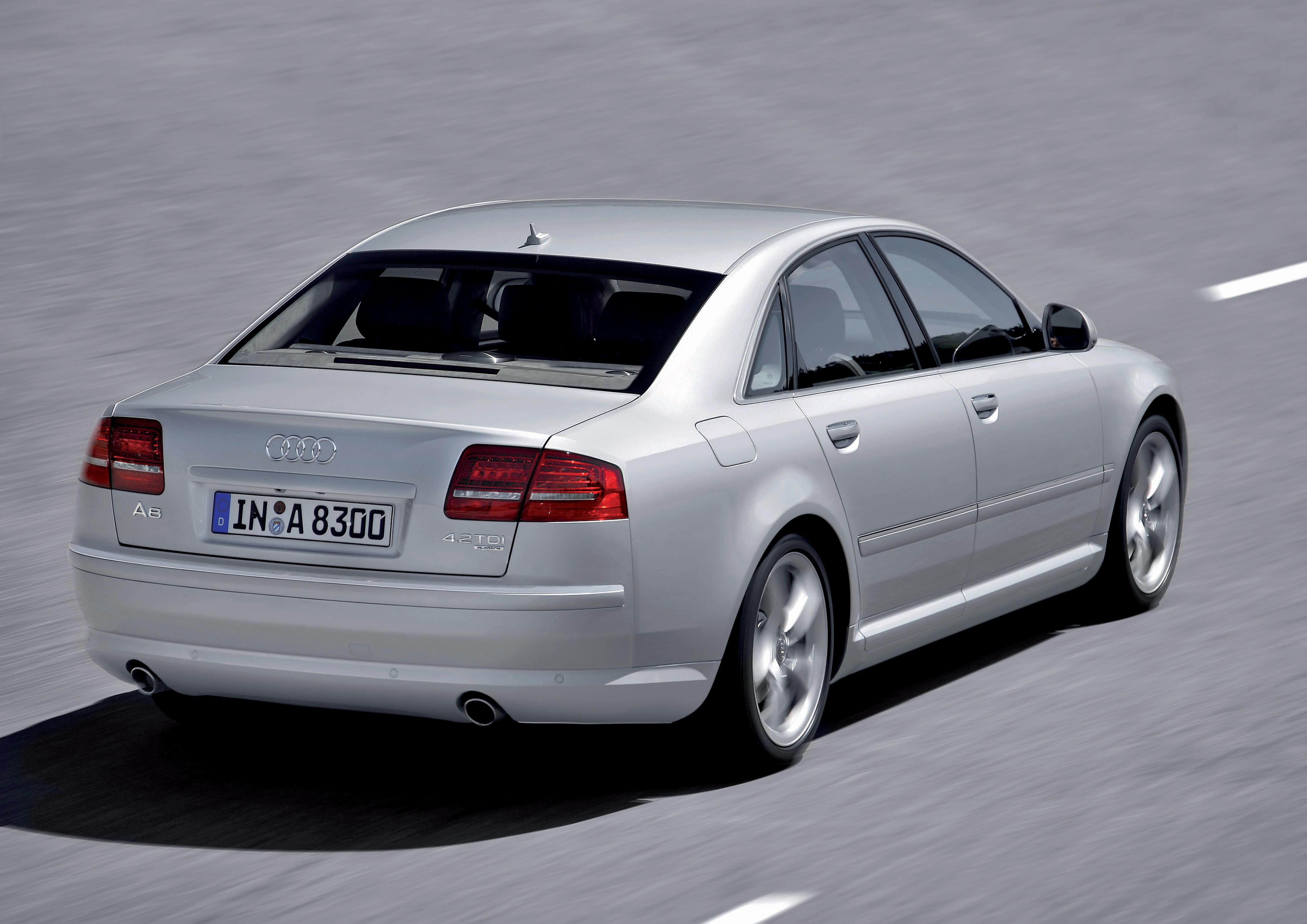 Audi A8 4.2 TDI quattro/Fahraufnahme