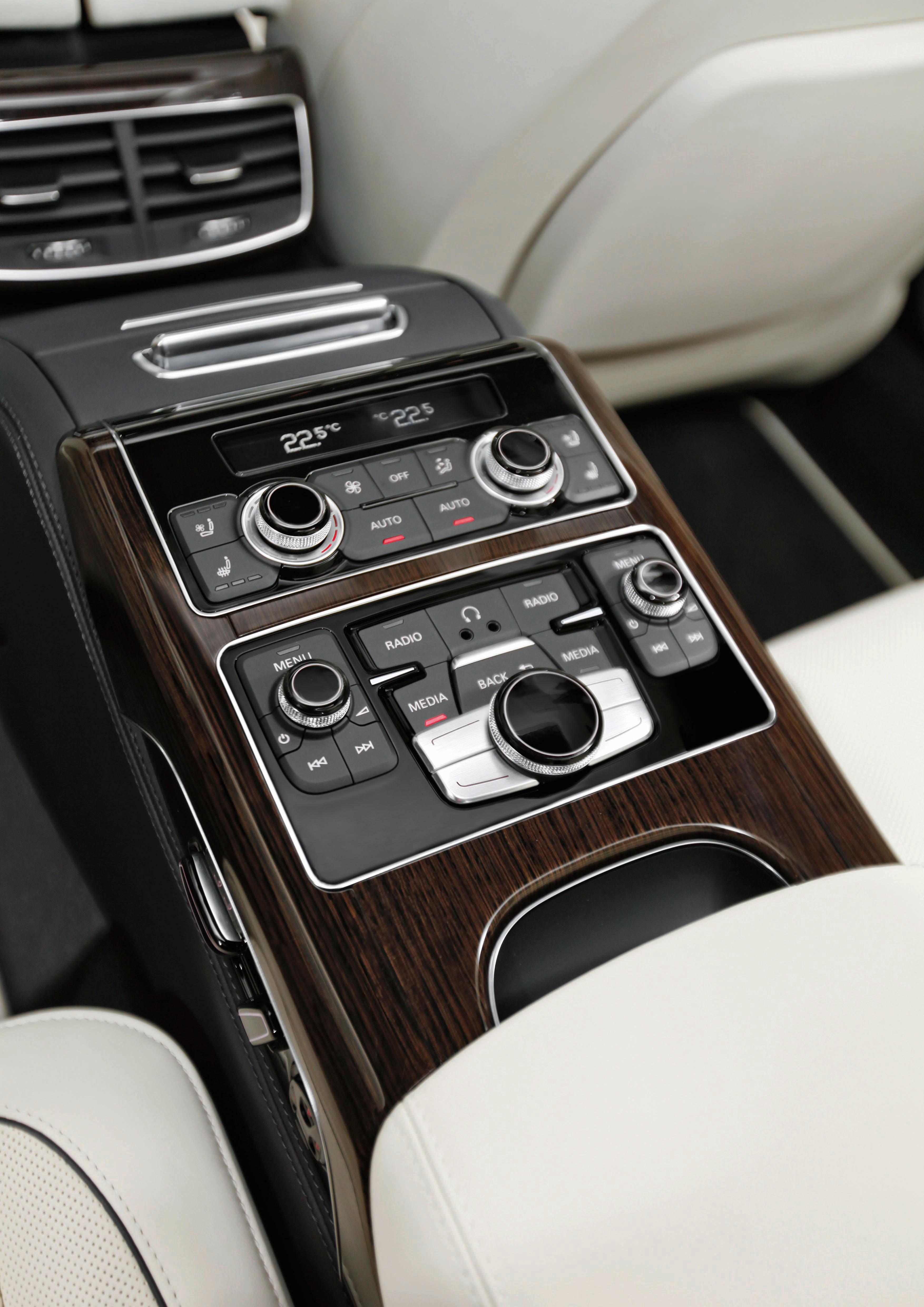 Limitierte Kleinserie: /Der A8 L W12 Audi exclusive concept