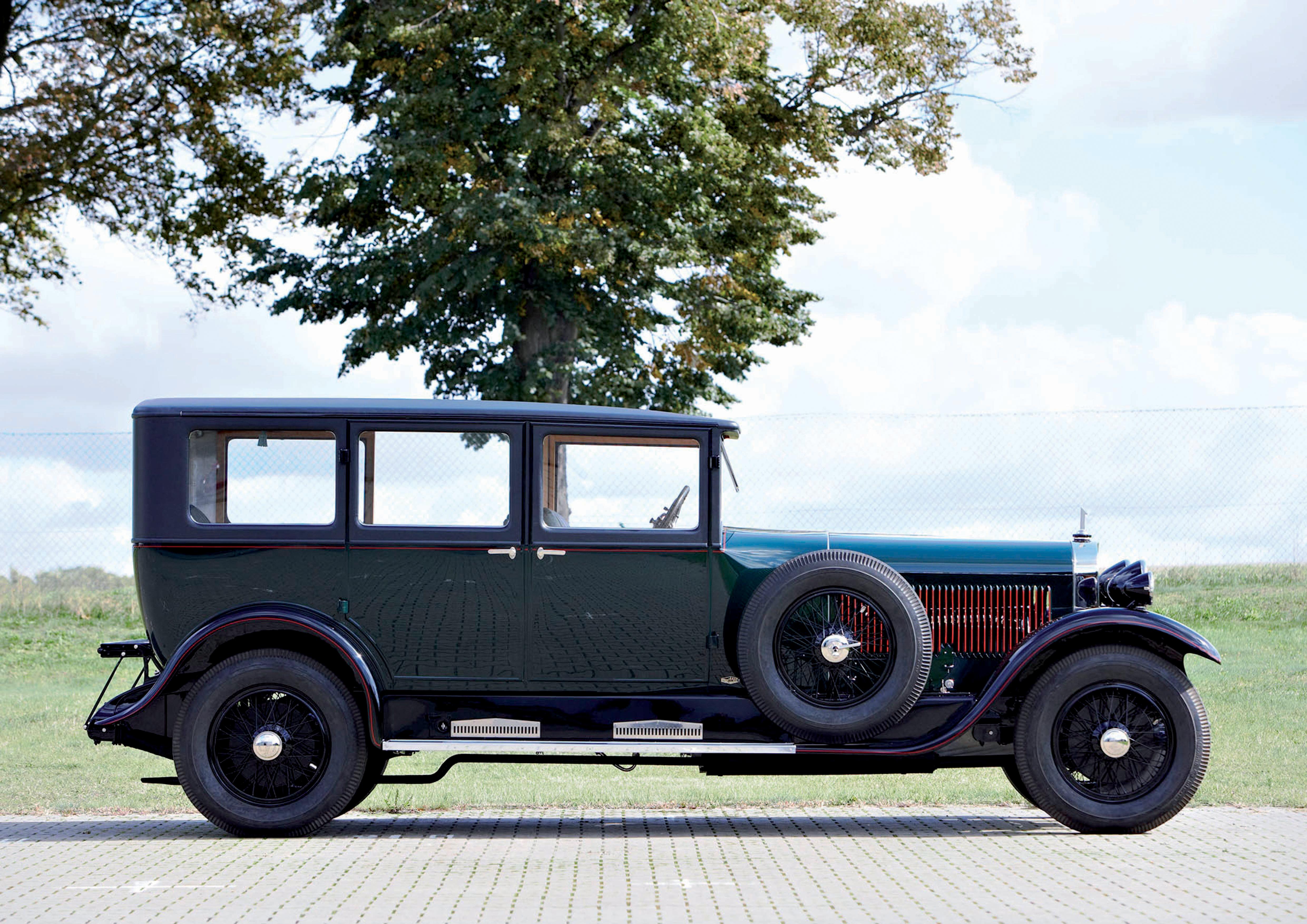 Erster Audi Sechszylinder als Schnittmodell