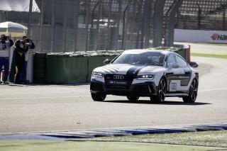 Prueba superada: el Audi RS 7 concept conducido al límite sin piloto