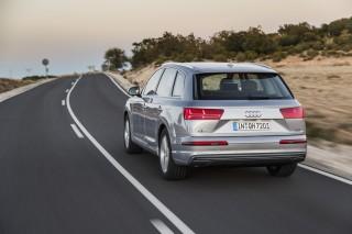 Audi Q7 e-tron quattro_04