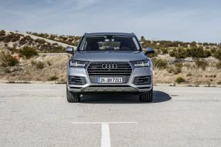 Audi Q7 e-tron quattro_19