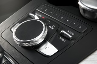 Audi A4_27