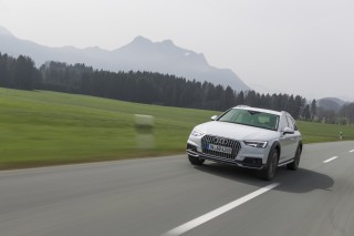 Audi A4 allroad quattro 2.0 TFSI_1