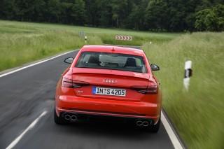 Audi S4_8