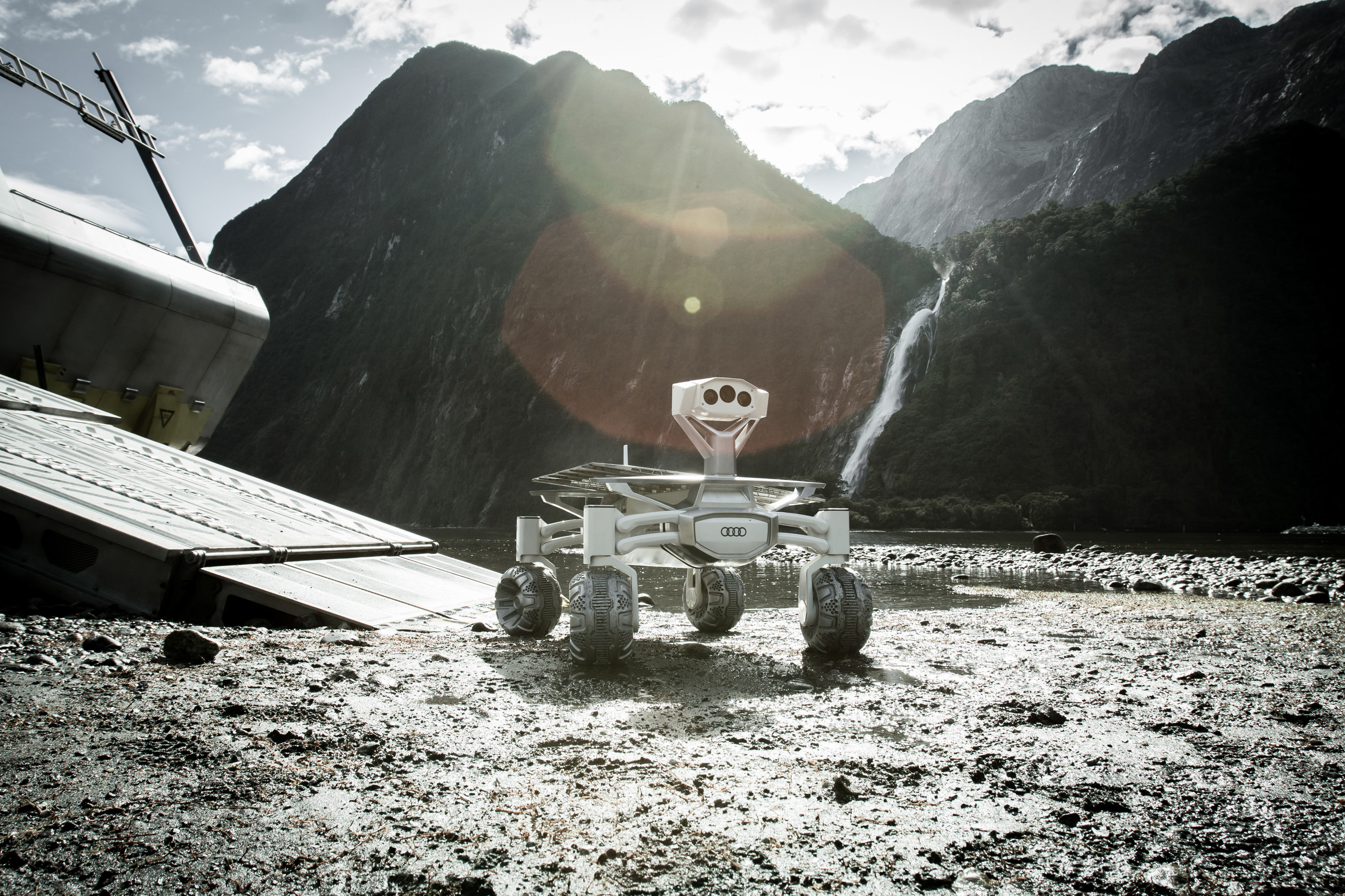 Moon rover Audi lunar quattro featured in â??Alien: Covenantâ?