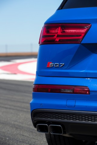 Audi SQ7_05