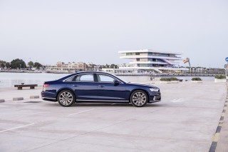 Audi A8 55 TFSI quattro_15