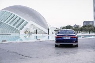 Audi A8 55 TFSI quattro_24