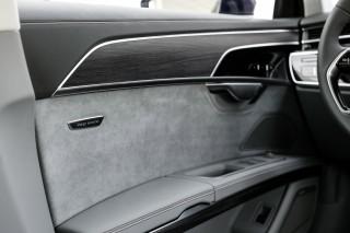 Audi A8 55 TFSI quattro_41