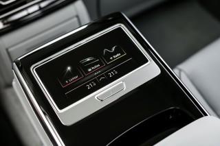 Audi A8 55 TFSI quattro_42