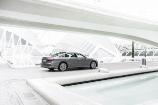 Audi A8 L 50 TDI quattro_16
