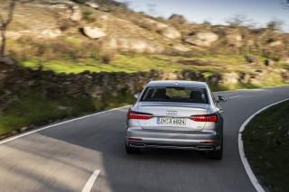 Audi A6 (100)