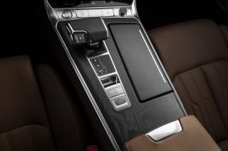 Audi A6 (105)