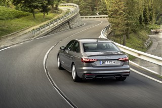 Audi A4_11