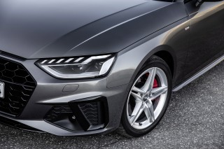 Audi A4_16