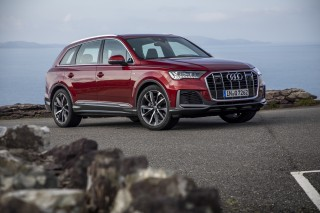 Audi Q7_02