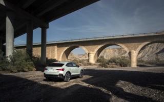 Audi_Q3_Sportback_estáticas_15