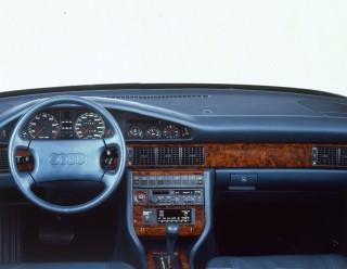 03_Audi V8 (1988)